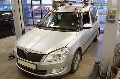 čelní sklo Škoda Roomster